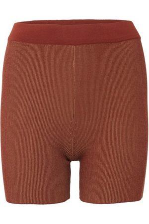 Jacquemus Women Shorts - Arancia shorts