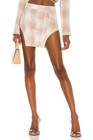 KIM SHUI Cropped Linen Skirt in Taupe.