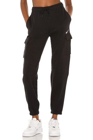 Nike NSW Cargo Loose Pant in .