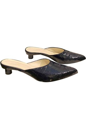 tibi \N Leather Mules & Clogs for Women