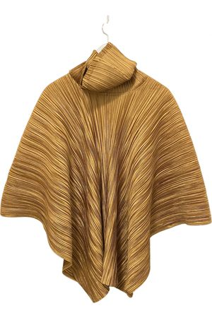 PLEATS PLEASE BY ISSEY MIYAKE Poncho
