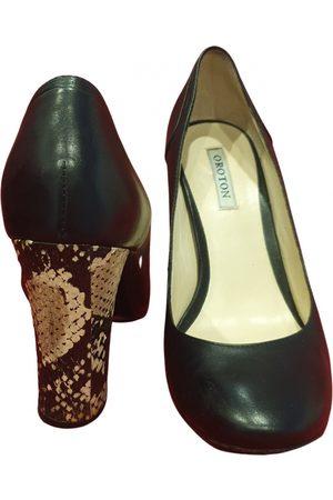 Oroton Leather heels