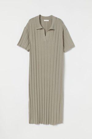 H&M Women Knitted Dresses - MAMA Rib-knit Dress