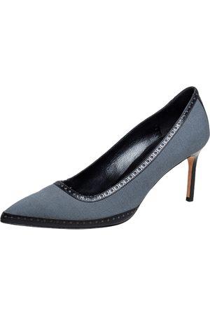 Manolo Blahnik Women Brogues - Grey Canvas Brogue Trim Pointed Toe Pumps Size 40