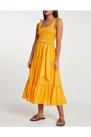 River Island Women Midi Dresses - Shirred midi beach dress in