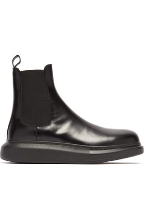 Alexander McQueen Men Chelsea Boots - Exaggerated Sole Leather Chelsea Boots - Mens