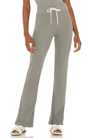 MONROW Rib Around Town Pant in Olive.