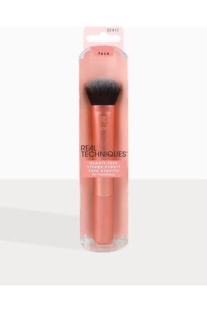 Real Techniques Women Expert Face Brush