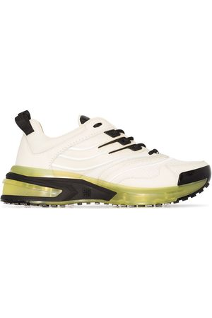 Givenchy Women Sneakers - GIV 1 Runner sneakers - Neutrals
