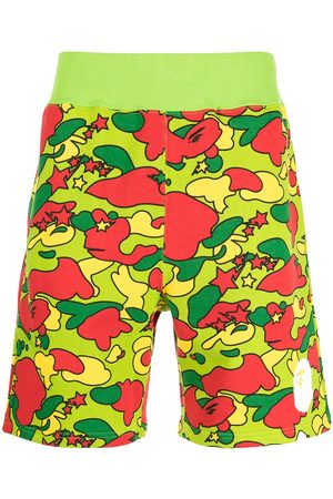 A Bathing Ape Men Bermudas - Camouflage-print cotton shorts - Multicolour