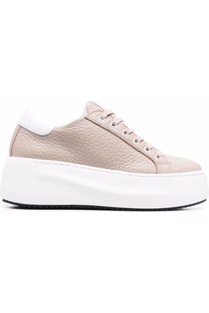 vic matiè Textured flatform sneakers - Neutrals