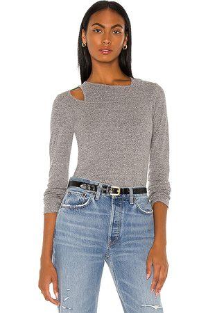 MONROW Women Long sleeves - Asymmetric Long Sleeve Top in Grey.