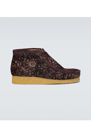 Clarks Wallabee velvet boots