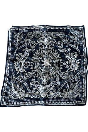 Camilla Silk scarf & pocket square