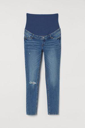 H&M Women Skinny - MAMA Skinny Ankle Jeans