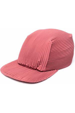 HOMME PLISSÉ ISSEY MIYAKE Men Caps - Pleated flat cap