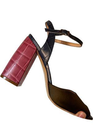 Max Mara Leather sandal