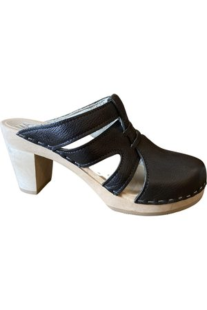Maguba Leather mules & clogs