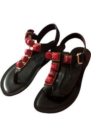 Tonya Hawkes Leather sandal