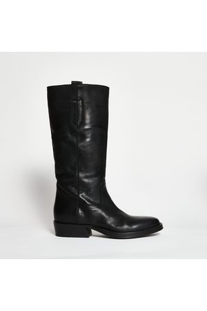 Lemare Opaque leather boot