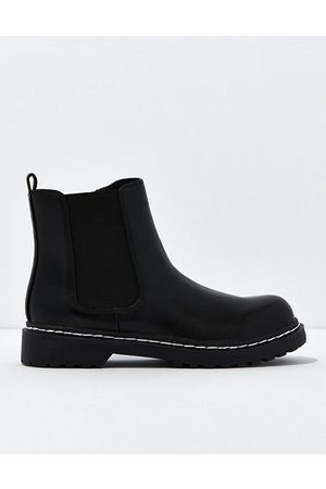 American Eagle Outfitters Chelsea Boot Women's 5