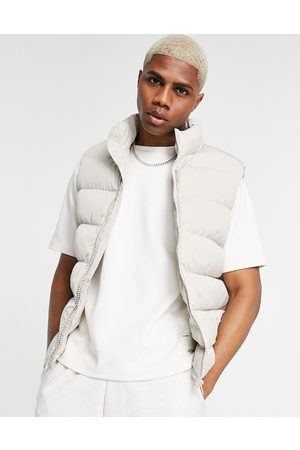 ASOS Puffer quilted vest in ecru-Neutral