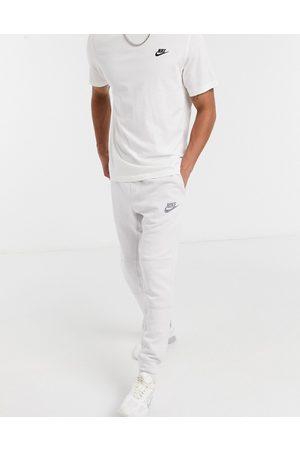 Nike Men Sports Shorts - Tech Fleece shorts in -Grey