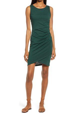Treasure & Bond Women's Ruched Side Sleeveless Dress
