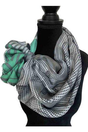 Hermès Men Pocket Squares - Carré 90 silk scarf & pocket square