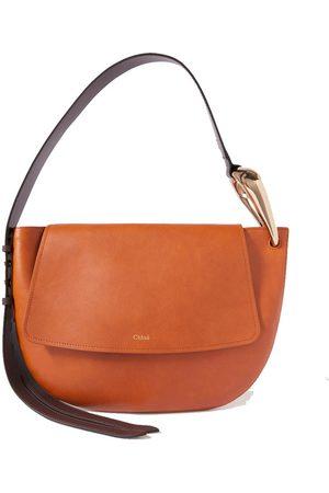 Chloé Women Shoulder Bags - Kiss leather shoulder bag