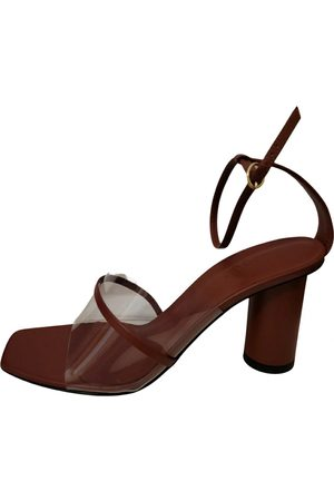 Neous Leather sandals