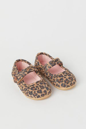 H&M Flat Shoes - Quilted Flats