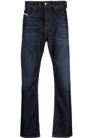 Diesel Men Straight - D-Viker logo-patch denim jeans