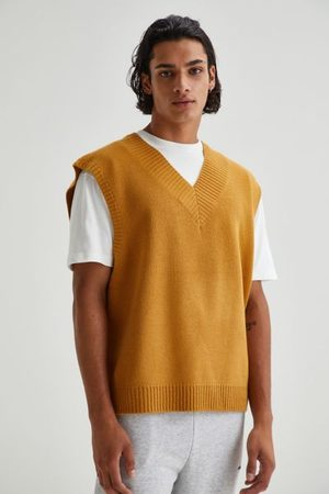 Urban Outfitters UO Solid Sweater Vest