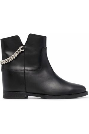 Via Roma Women Ankle Boots - Chain-detail ankle boots