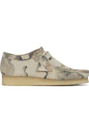 Clarks Men Formal Shoes - Beige Camo Wallabee Derbys