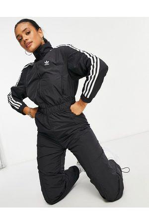 adidas Adicolor 3-Stripes boilersuit in