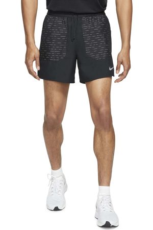 Nike Men's Frame Pleated Belted Leather Shorts