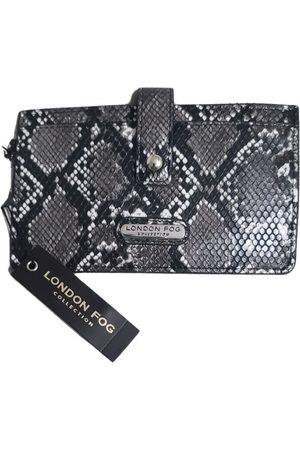 London Fog Leather clutch bag
