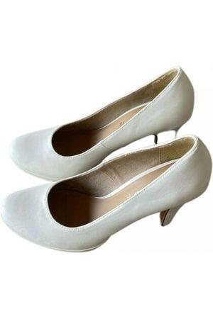 Tamaris Leather heels