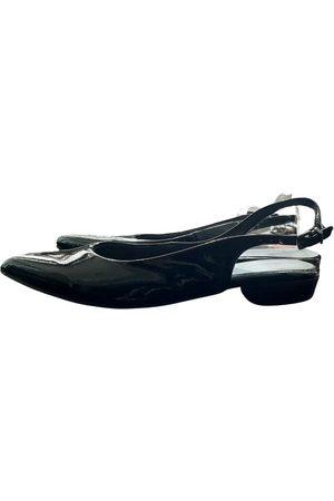 Tamaris Patent leather sandals