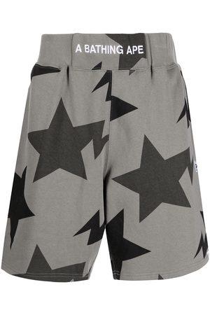 A Bathing Ape Men Bermudas - Embroidered-logo star-print shorts - Grey
