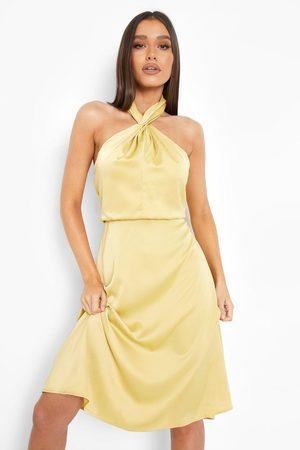 Boohoo Women Halterneck Dresses - Womens Satin Halterneck Twist Midi Bridesmaid Dress - - 4