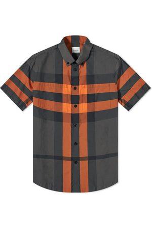 Burberry Men Short sleeves - Short Sleeve Thames Large Check Shirt