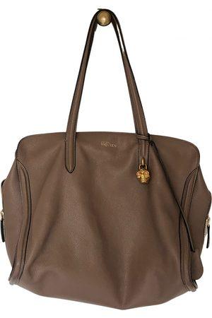 Alexander McQueen Zippé leather handbag