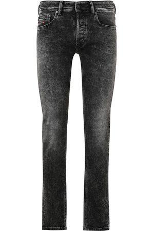 Diesel Sleenker Low-Rise Skinny Jeans