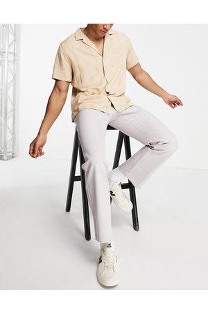 Mennace Straight leg pants in light -Grey