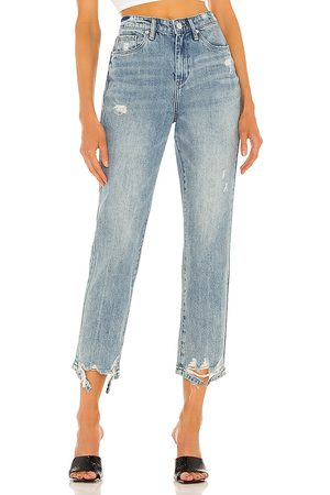 BLANK NYC Madison Crop Jean in Blue.