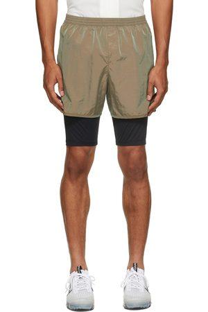 TRUE TRIBE Men Shorts - Green Run Steve Shorts