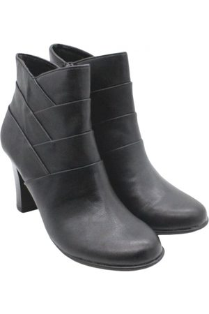 Aerosoles Leather western boots